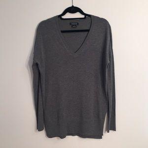 Trouve V-neck Split Hem Sweater
